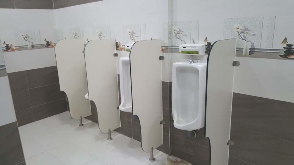 Dịch vụ thông tắc bồn tiểu nam nhà vệ sinh trường học tại đường Đào Tông Nguyên, Huyện Nhà Bè, HCM ☎ 0975.404.077 #moitruong #vietnam #Environmental #việtnam #wc #nhavesinh #bontieu #HCM