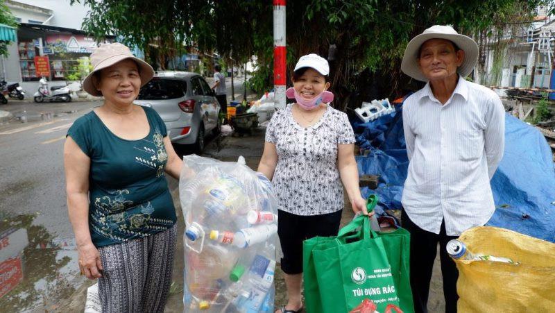 Đà Nẵng ra quân chống rác thải nhựa vì môi trường xanh 2020 - Môi Trường Miền Đông #racthai #moitruong #vietnam #Environmental #việtnam
