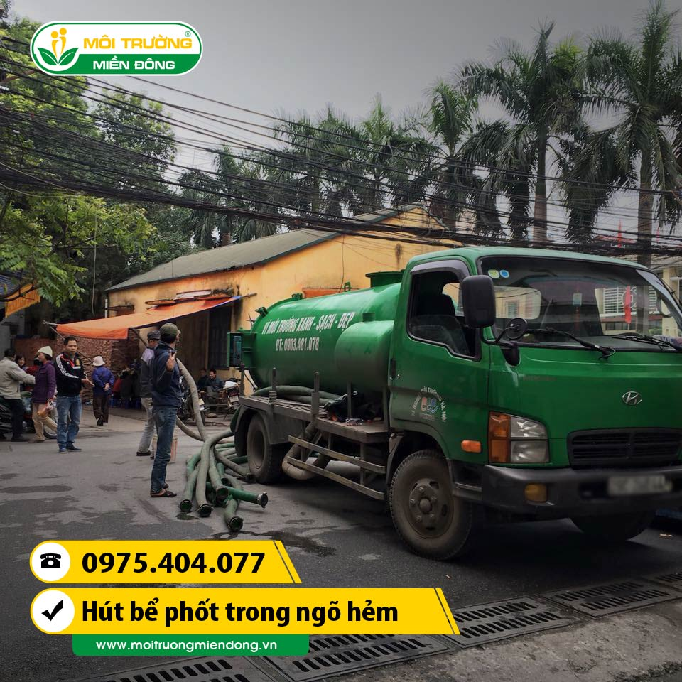 Dịch vụ hút bể phốt cho nhà dân trong ngõ hẻm tại đường Phú Châu, HCM ☎ 0975.404.077 #moitruong #vietnam #Environmental #việtnam #hutbephot #HCM
